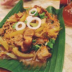 Buddy's Pancit Lucban at Longganisang Lucban | FoodMetroManila