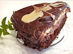 In this video, Betty demonstrates how to make a Black Tie Mousse Cake. This demonstration was requested by one of my viewers, SweetDementedAlice. I obtained the link to this