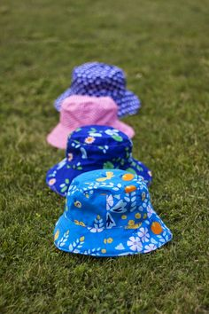 When I was at Camp Stitchalot  in June, one of the women working in my vicinity, Cheryl, was sewing up sun hats for her children. She starte...