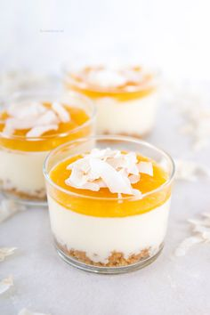 How To Help Keep Family Members Recipes - My Website Berry Smoothie Recipe, Easy Smoothie Recipes, Snack Recipes, Mango Mousse, Fall Desserts, Delicious Desserts, Homemade Frappuccino, Coconut Milk Smoothie, Grilled Fruit