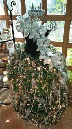24 MANNEQUIN TREE DRESSES! | Grillo Designs