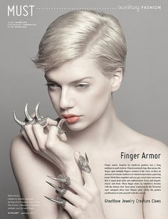 Finger armor.... Les griffes fashions :-)