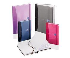 SIGNATURE : des carnets élégants et stylés pour consigner vos idées, vos informations et vos notes personnelles.
