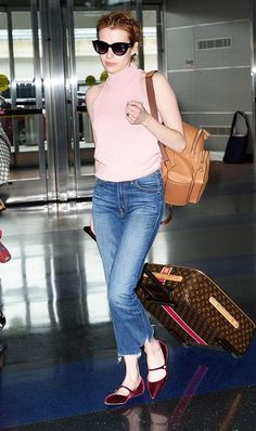 7 Summer Travel Outfits to Get You Through the Airport in Style 3cf018ff0afdc