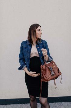 Am Mamablog findest du 3 Herbst Outfits für Schwangere, dich ich gerade am liebsten trage. Hochschwanger, im 10. Schwangerschaftsmonat und das ganz ohne Umstandsmode! www.whoismocca.com Casual Chic Outfits, Celine Luggage, Parka, Outfit Of The Day, Street Style, Fashion Bloggers, Beauty, Tops, Interior
