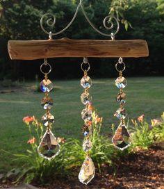 Tante idee si possono realizzare utilizzando i pendenti in cristallo, anche le più originali! Scopri il nostro vasto assortimento di cristalli, minuteria metallica, perle e perline >> www.vetrocristallo.it  #faidate #cristalli #creatività #fantasia #swarovski #asfour  #ecommerce #online