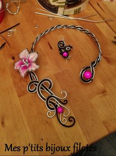 Aluminium wire necklace