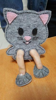 Kitty finger puppet