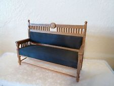 BEAUTIFUL MINI BENCH 1:12 scale ORIGINAL DESIGN BY GUY ROBERTS 1976 (C THE MINIATURE MART)