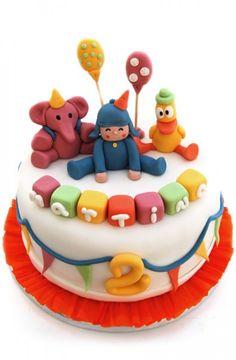 La tarta infantil para la fiesta de cumpleaños