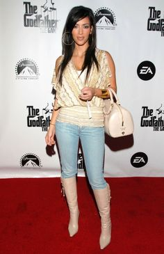 kim kardashian style Before there was Balmain, Givenchy, or Kanye West, even Kim Kardashian wasn't immune to the trends of the early And while Kim may be trying to forget Robert Kardashian, Kim Kardashian 2006, Estilo Kardashian, Kardashian Style, Kardashian Jenner, Kendall Jenner Outfits, Kendall Et Kylie, Kris Jenner, Kanye West