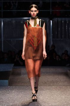 Prada Fall 2014 Ready-to-Wear Runway - Prada Ready-to-Wear Collection