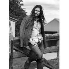 Luke Arnold Black Sails Cast, Luke Arnold, Tom Hopper, Red Dead Redemption Ii, Red Riding Hood, Men Looks, Movies Showing, The Magicians, Pretty People