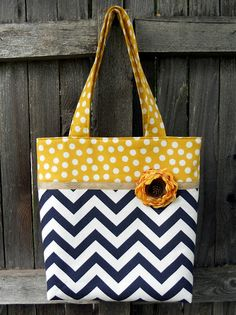"""Just Another Hang Up :: Two Toned Tote {pattern and tutorial available at """"Make It & Love It""""}"""