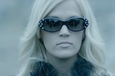 Video Premiere: Carrie Underwood - Two Black Cadillacs