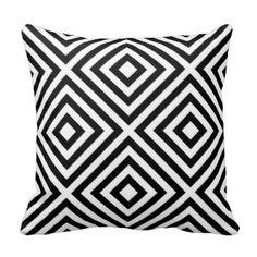 Geometric black and white diamond Pattern Throw Pillows #blackwhitedecor #blackwhitepillows