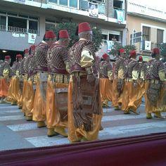 Fiestas #morosycristianos #villena spain #alicante #bereberes colorido festero