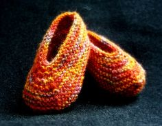 easy knit slippers | knit some slippers