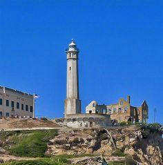 California Lighthouse Pictures: Alcatraz Lighthouse