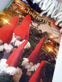 Halager: Strikkede nisser i fritidsgarn Christmas, Xmas, Weihnachten, Yule, Jul, Natal, Natale, Noel, Kerst