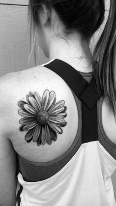 I tatuaggi con le margherite (Foto 9/20)   PourFemme Family Tattoos, Life Tattoos, Body Art Tattoos, Small Tattoos, Tatoos, Tattoo Drawings, Scorpio Sign Tattoos, Realistic Fake Tattoos, Peonies Tattoo