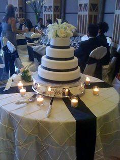 ivory and navy blue reception Navy Blush Weddings, Navy Blue Wedding Cakes, Blue And Blush Wedding, Blush Wedding Cakes, Fall Wedding Cakes, Burgundy Wedding, Wedding Cake Toppers, Our Wedding, Diana Wedding