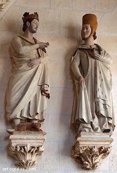 Estatuas que posiblemente representan al rey Alfonso X y su mujer Doña Violante de Aragón Alfonso X and Doña Violante, 1260-70, Gothic Spanish Sculptor, Stone, Cloister of the Cathedral, Burgos