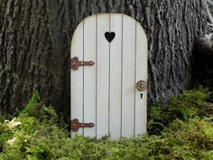Fairy Door fairy garden miniature accessories wood white distressed with brown hinges