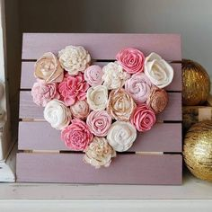 Rose Gold Wood Flower Mini Heart Board Sola Wood Flowers Pink and Gold Nursery Decor Wedding Dec Sola Wood Flowers, Felt Flowers, Paper Flowers, Valentine Wreath, Valentine Day Crafts, Valentine Banner, Pink Und Gold, Rose Gold, Gold Nursery Decor