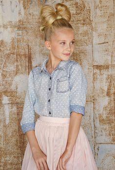Kids and Tween Fashion Blog tut girls fashion, tween fashion, tutu fashion, hair bow, #KidsFashion