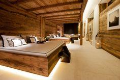 Chalet Lech Oberlech - A luxury chalet in the Austrian Alps - Stunning Bedroom