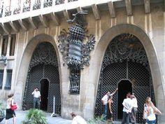 Palau Güell, paleis door Antoni Gaudi gebouwd in Barcelona bezoeken