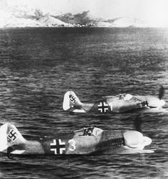 Photo: A pair of German fighter Focke-Wulf Fw.190 flying along the coast