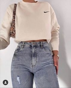 Cute Comfy Outfits, Simple Outfits, Stylish Outfits, Classy Outfits, Amazing Outfits, Sporty Outfits, Winter Fashion Outfits, Look Fashion, 90s Fashion