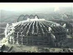 The Kingdome in Seattle gets blown up (or down) - YouTube