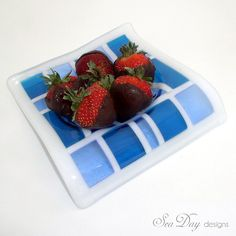 Blue and White Fused Glass Dish   Flickr - Photo Sharing!
