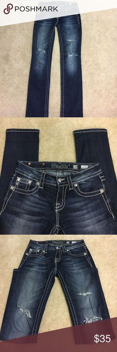 Women's Miss Me jeans Women's Miss Me jeans. Purchased from The Buckle. Great condition. Miss Me Jeans Straight Leg