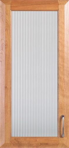 Door Styles: Cherry Lancaster Square Routed - Visit Showroom in Columbus Ohio - Kitchen Kraft Inc, Kitchen Cabinets Remodeling. - Door Style : Lancaster Square Routed  Door Type : Specialty  Finish : 375, Meadow  Material : Cherry