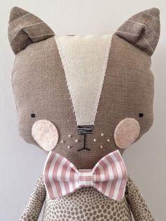 little handmade cat Fabric Toys, Fabric Crafts, Paper Toys, Baby Toys, Kids Toys, Muñeca Diy, Animal Gato, Tilda Toy, Diy Bebe