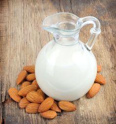 Rico em potássio, o leite de amêndoa é ótimo para o cérebro e os músculos