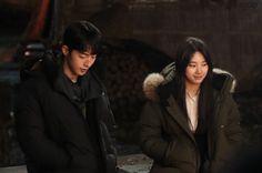Nam Joohyuk, Joo Hyuk, Bae Suzy, Actor Model, Canada Goose Jackets, Girl Group, Kdrama, Winter Jackets, Bebe