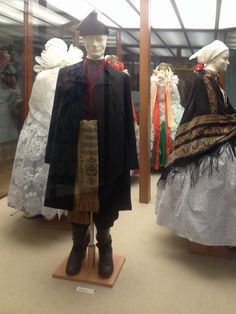 Folk Costume, Costumes, Dresses, Fashion, Vestidos, Moda, Dress Up Clothes, Fashion Styles, Fancy Dress