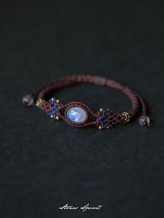 Macrame braided bracelet Moonstone (produced in India) STONES SPIRIT Stones Spirit Stone × macrame accessories shop