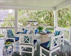 Outdoor Rooms, Outdoor Dining, Indoor Outdoor, Outdoor Decor, Southern Porches, Southern Ladies, Blue Rooms, My Dream Home, Classic