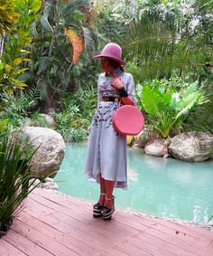 The wardrobe of Ms. B: Pastels by the pool