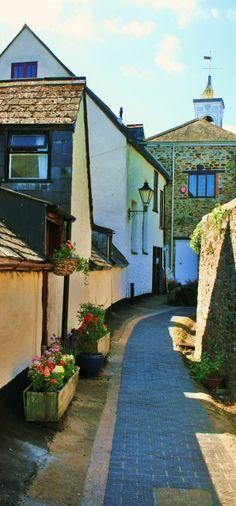 Totnes, Devon, England, UK - Ramparts Walk.