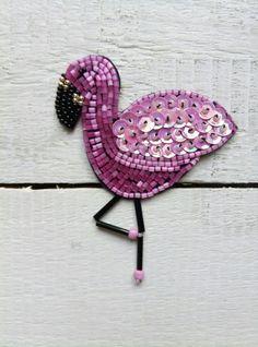 Фламинго, брошь. Ручная работа, вышивка бисером. Розовый фламинго. Стеклярус, бисер, пайетки.