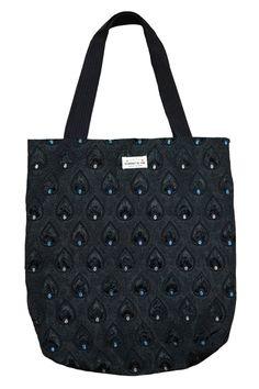 Shopper black Peacock! Gefunden auf dreamdress.at! #Shopper, #bag #Taschen #Peacock #ToteBag Shopper, Reusable Tote Bags, Crochet, Fashion, Accessories, Taschen, Chrochet, Moda, Fashion Styles