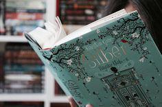 https://www.instagram.com/p/BGKbV2BMWAK/  #books#bookworm#bookporn#booklove#bookdragon#booktuber#bookstagram#instabooks#livros#instalivros#bibliophile#libro#libri