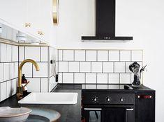 Kitchen Design : Scandinavian Apartment Interior Design In Kitchen Space With White Ceramic Tile Backsplash Decor For Home Inspiration ~ HeimDecor Kitchen Wall Tiles, Kitchen Backsplash, Kitchen Sink, Traditional Tile, Italian Tiles, Tile Decals, Grey Flooring, White Tiles, Scandinavian Design